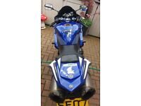 Yamaha r1 runs and rides great loads of extras