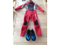 Kids wetsuit size XS with shoes size 12