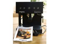 Coffee Making Machine: immaculate condition and used only once