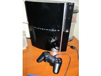 Sony PlayStation 3 (PS3) + 2 controllers