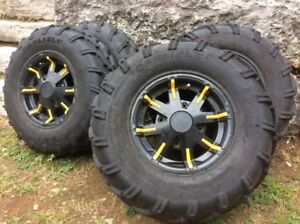 CanAm Outlander ATV original Rims and Tires with Tubes in Tires