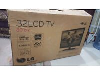 "Wanted: Empty box from LCD TV size 48-52"" Leicester"