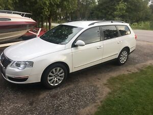 Clean 2010 vw Passat wagon