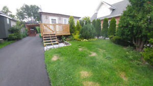 ****Fully Detached Cute Bungalow As A Condo Alternative****