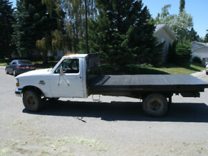 1995 FORD F-350 7.3 DIESEL V8 WITH NEW FLAT DECK