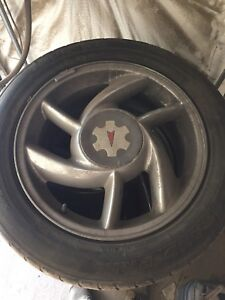 Pontiac Bonneville 17 inch rims and tires