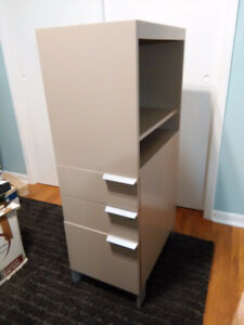 High Quality Cabinet