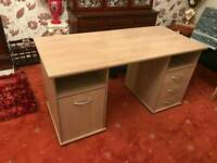 COMPUTER DESK (TABLE) !!!! GOOD CONDITION MUST GO!!