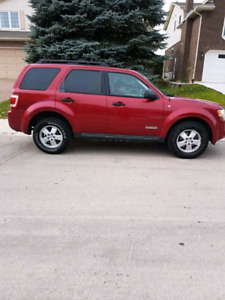 Lease takeover '08 ford escape. Low K's