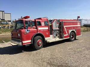 1988 Ford Superior Fire Truck