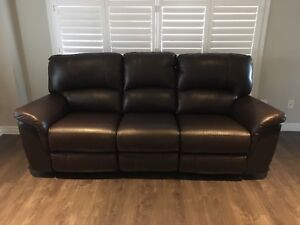 MOVING- Genuine Brown Leather Recliner - Can Del Must Go ASAP