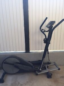 FreeSpirit Elliptical Machine w/Fan
