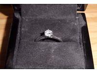 18ct White Gold Diamond Engagement Ring