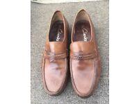 Mens size 10 shoes vgc.