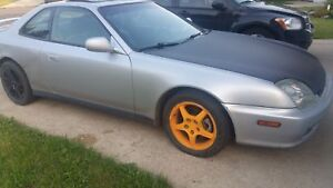 2001 prelude SE with H22a4 5speed manual