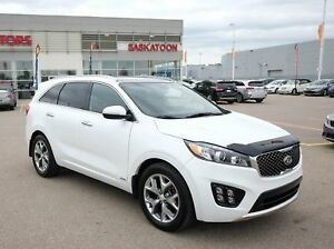 2016 Kia Sorento 3.3L SX 7 Passenger, Leather, Sunroof, Loaded!