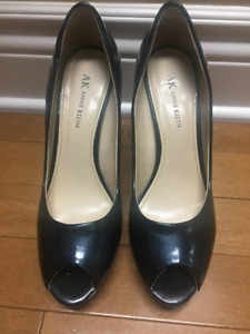 gently used- Anne Klein size 7.5