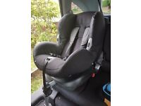 Maxi cosi car seat approximately 9-4 years with isofix