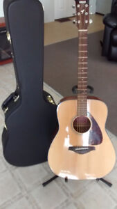 Guitar with case for sale in Geraldton
