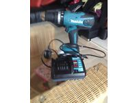 combie drill like new with battary and charger