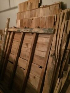 Used Shipping Crates/Pallets