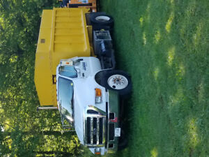 2004 Ford F-750 Other