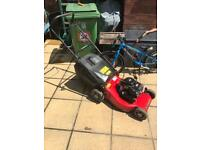 Champion Self Propelled Petrol Lawn Mower