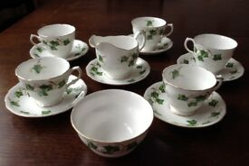 VINTAGE COLCLOUGH IVY LEAF TEA SET - BONE CHINA - 5 CUPS & 6 SAUCERS - MILK JUG & SUGAR BOWL