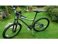 specialized JYNX woman's mountain bike