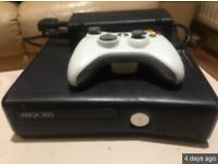 Xbox 360 with one wireless controller & two games
