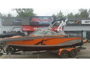 2013 MasterCraft X10 -  MasterCraft Boat