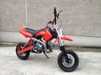 Pit bike like new, honda crf 50 style, 4 speed semi auto. Not stomp,cr,kx,yz,rm,crf,kxf,yzf,rmz,ktm