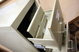 Locking Letter Sized Commodore 4 Drawer File Cabinet SEE VIDEO