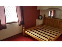 2 Bedroom House BD5 to rent