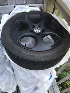 Selling 225/45r17 Tires W/Oem VW Mini Huffs