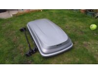 Large Roof box with bars