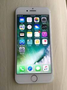 Silver iPhone 7  32GB  Chatr/Rogers
