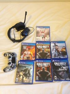 Selling ps4  controller and games