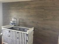 Installation de plancher bois sur Mur