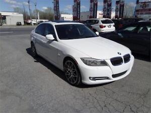 BMW 335 xi 2011, sport pkg,garantie bmw avril 2018 ou 200 000km