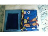 Vgc 2x toddler bed/cot bed duvet sets and a 4.5tog duvet