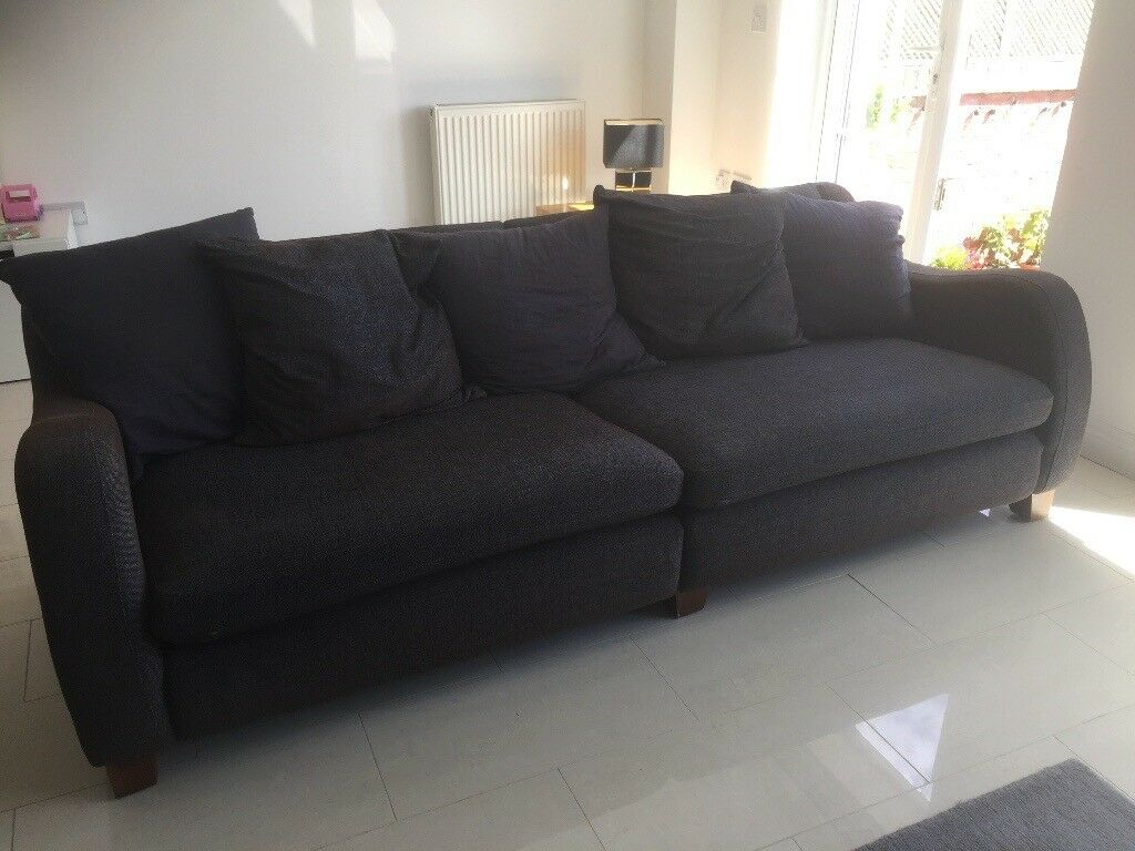 4 Seater Couch And Love Seat
