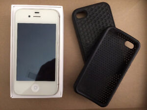 IPHONE 4S 16GB (2 cases included)