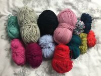 Handknitting yarn bundle