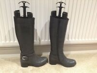 Ladies Grey Italian Genuine Leather Long / Knee High Boots By Vanilla Moon - Size 3 (EUR 36)