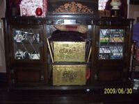 vintage wooden sideboard/cabinet