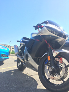 Yamaha YZF R6 for sale Awesome Condition
