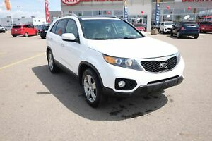 2013 Kia Sorento EX V6 Leather, Navigation, Sunroof, Heated/C...
