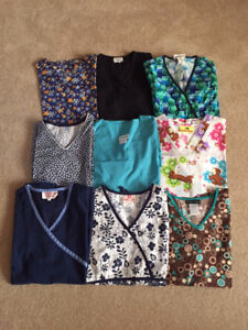S/XS Medical/Nursing Scrubs in Excellent Condition (13 pieces)
