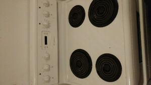 Lightly used stove / oven clean